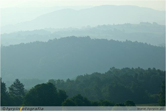 pasma okolicznych wzgórz