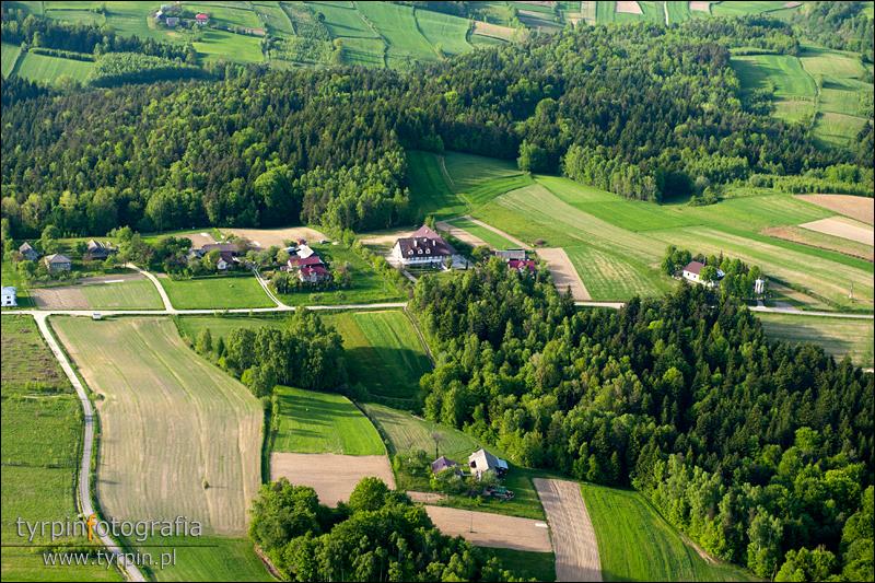 Wisowa - Szkoła i kościół