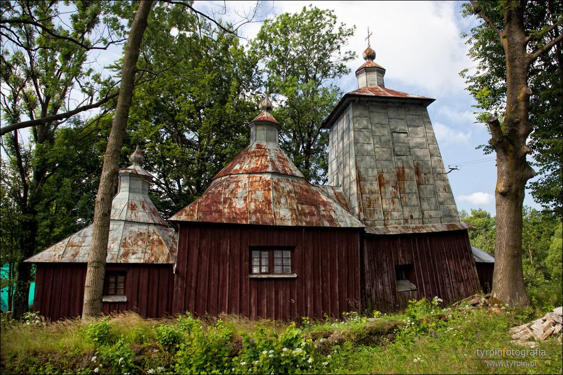 Bałucianka -  cerkiew greckokatolicka pw. Zaśnięcia Przeświętej Bogurodzicy, wzniesiona prawdopodobnie w XVII w., obecnie filialny kościół rzymskokatolicki.